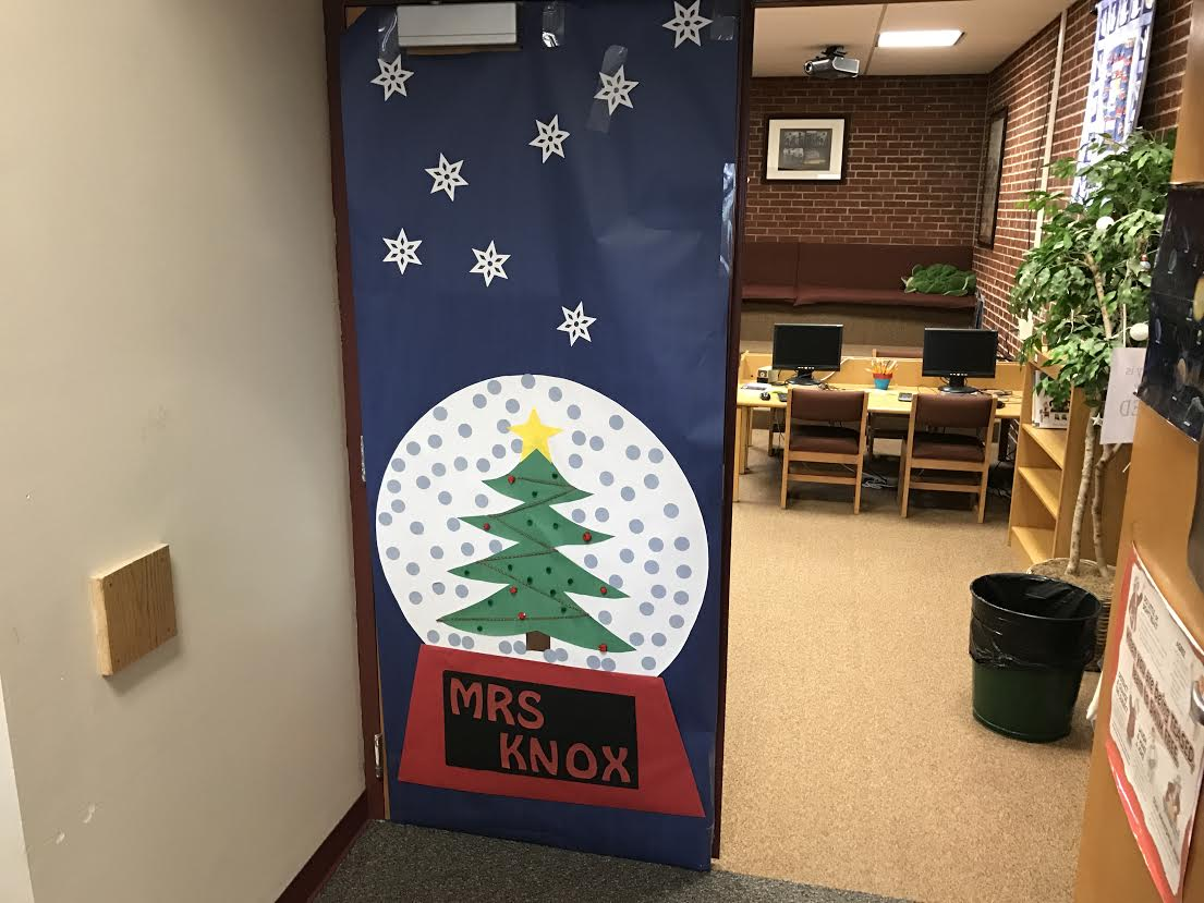 PTO Student Council Christmas Door Decorations 2