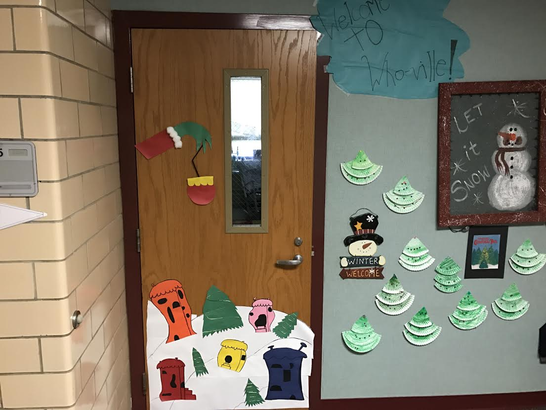 PTO Student Council Christmas Door Decorations 8